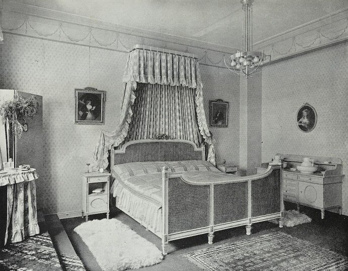 1920s Bedroom Furniture